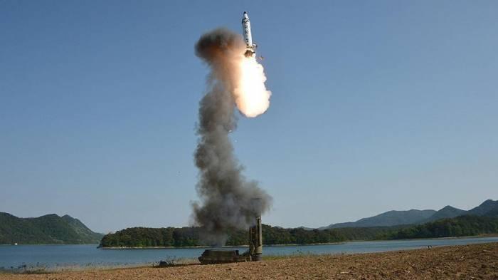 Şimali Koreya yenə ballistik raket atdı