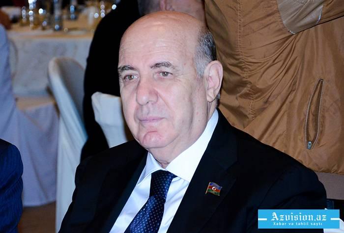 """Əhliman Əmiraslanov """"Şərəf"""" ordeni ilə təltif edilib"""