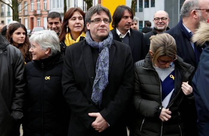 Spaniens Regierung - Puigdemont wird nicht wieder katalanischer Premier