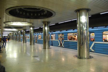 Metro gücləndirilmiş iş rejiminə keçdi