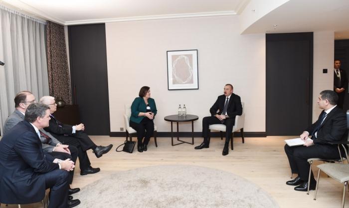 إلهام علييف عقد اجتماعات هامة في دافوس - محدثة (فوتو)