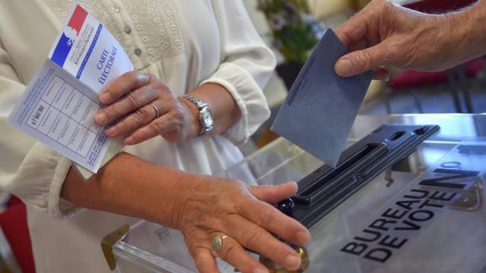 France: ouverture des bureaux de vote pour le second tour des élections législatives