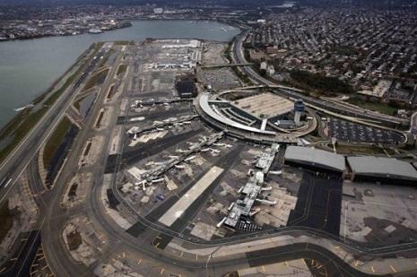 Batumi hava limanı fəaliyyətini dayandırdı