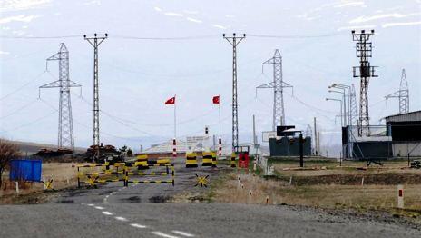 Türkiyəyə erməni axını güclənib