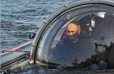 Putin gəmi axtarışında - FOTOLAR