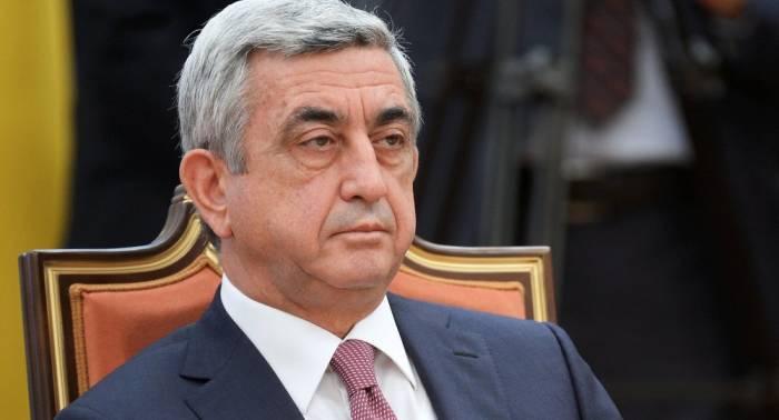 Sarkisyan Gürcüstana gedir