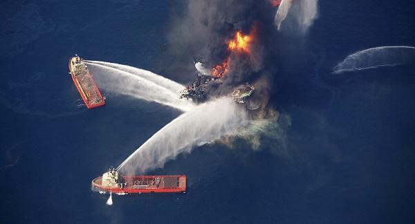 Marée noire: BP condamné à verser 20,8 mds USD