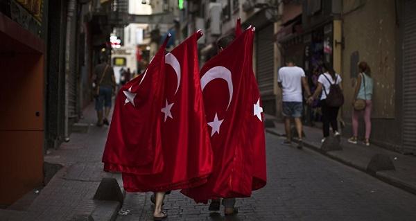 La Turquie attend de Trump l`arrêt du soutien aux milices kurdes