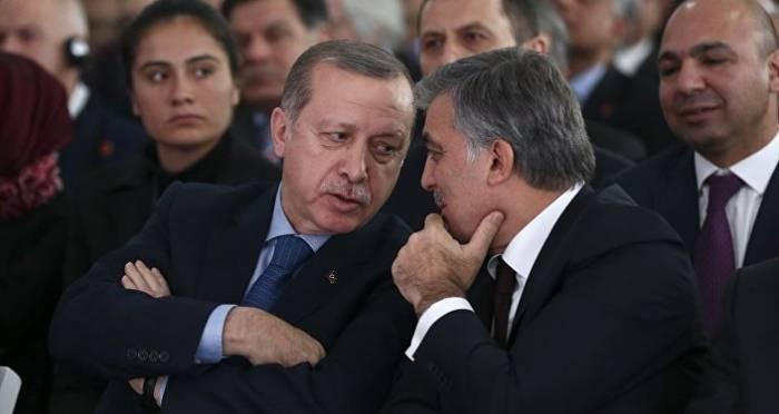 """Ərdoğan Abdulla Gülə qarşı: """"Səmimi deyil..."""""""