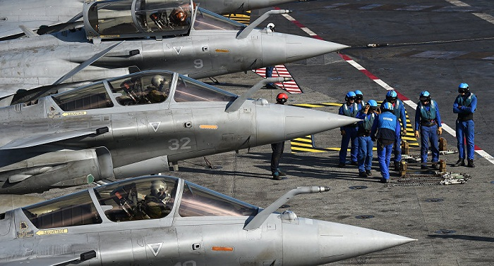 French Aircraft Carrier on Anti-Daesh Mission Heads for Persian Gulf