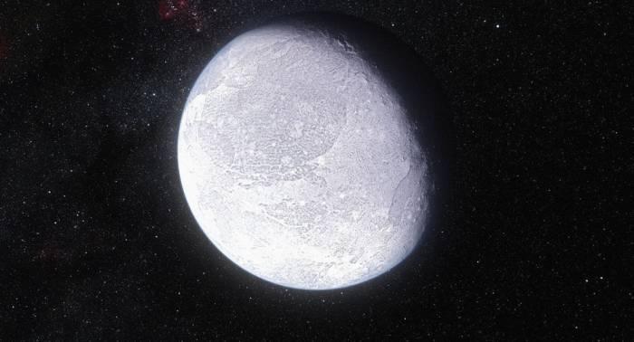Une grande planète naine découverte au-delà de l'orbite de Neptune