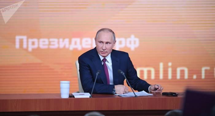 Début de la 13e grande conférence de presse de Vladimir Poutine - EN DIRECT