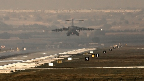 US considers using Turkey`s Incirlik Air Base in fight against Islamic State