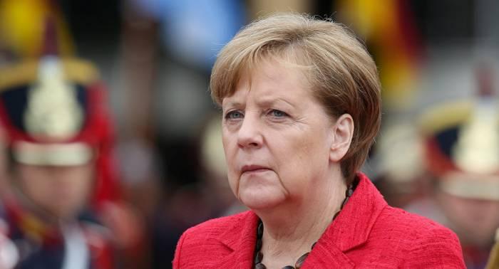 La popularidad de Merkel cae en picada a un mes y medio de las elecciones
