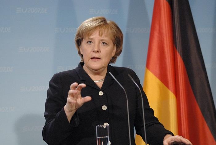Angela Merkel reste décidée à accueillir de nombreux réfugiés, mais n`en prendra pas chez elle