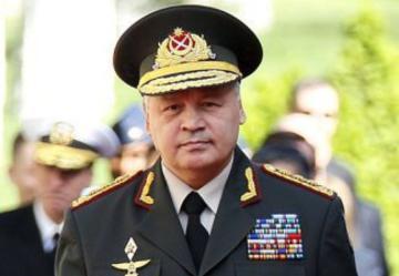 Azerbaijani Defence Minister meets Turkish Premier