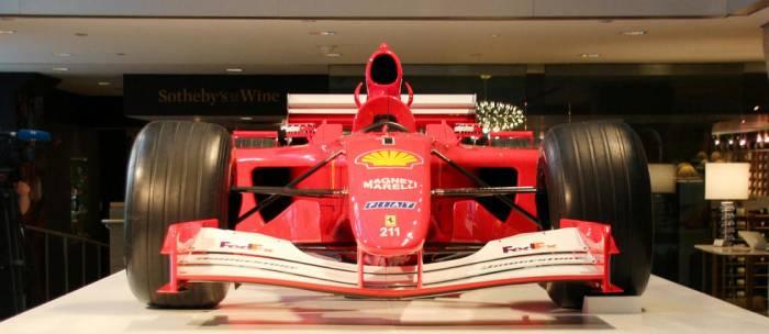 Une Formule 1 de Schumacher adjugée 7,5 millions à New York
