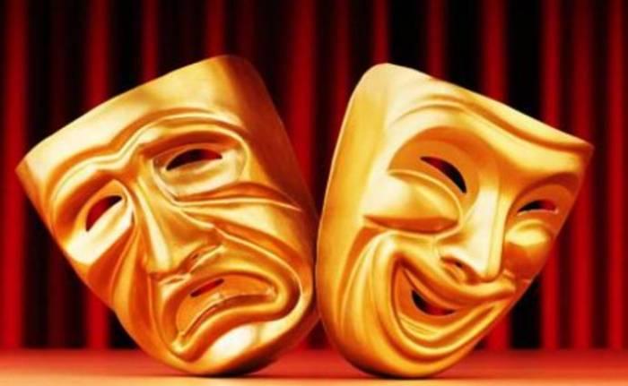 İrəvan teatrında qalmaqal: Aktrisa döyüldü