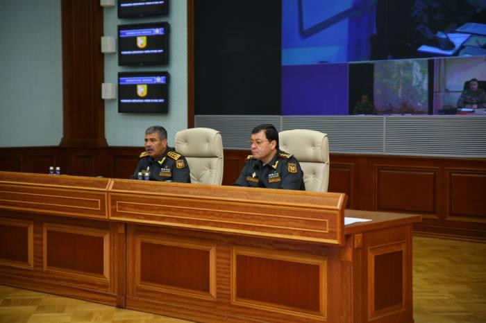 Zakir Həsənov komandanları topladı - FOTOLAR