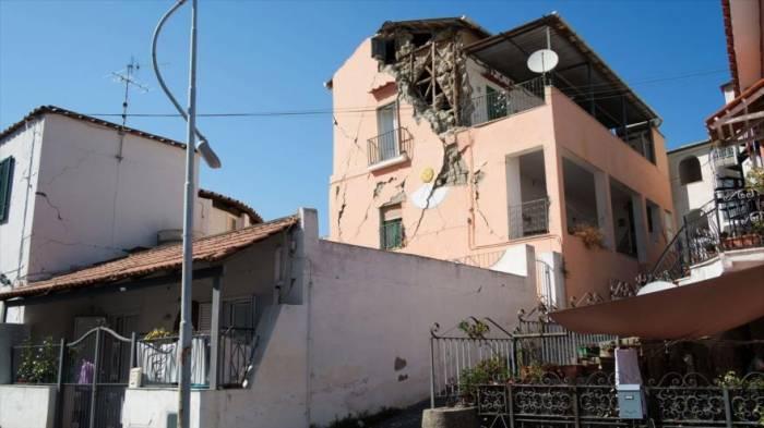 Un terremoto en la isla italiana de Ischia causa dos muertes