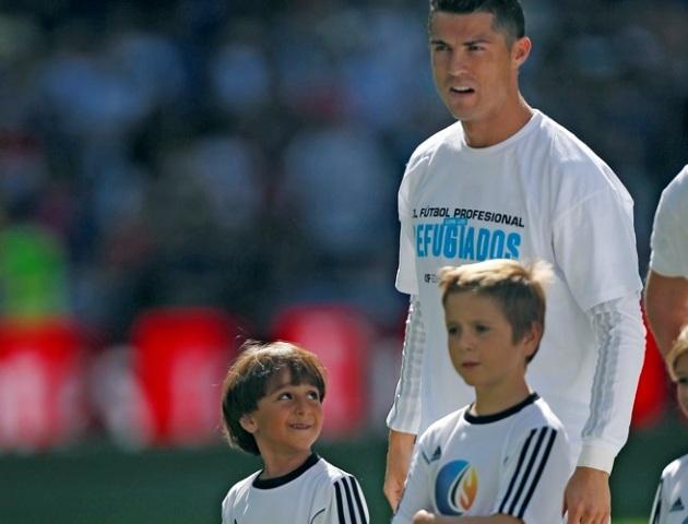 Ronaldodan Suriya qaçqınlarına dəstək