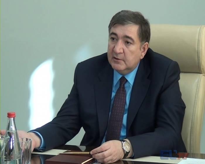 Fazil Məmmədov işdən çıxarıldı