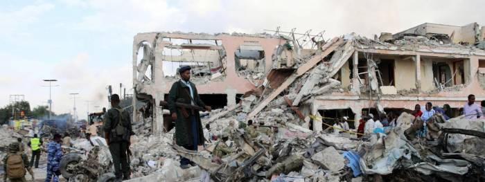 Le bilan grimpe à 276 morts et 300 blessés à Mogadiscio