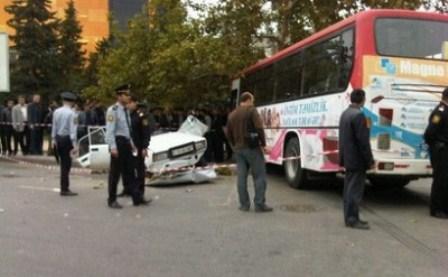 Bakıda avtobus qəzası: 6 nəfər yaralanıb