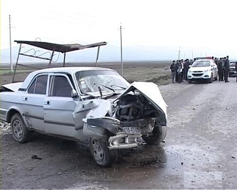 Ağsuda ağır qəza: 6 nəfər yaralandı