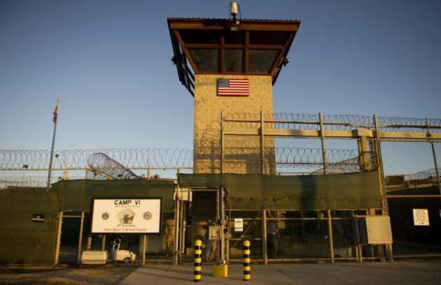 Le Congrès américain renouvelle l`interdiction de fermeture Guantanamo