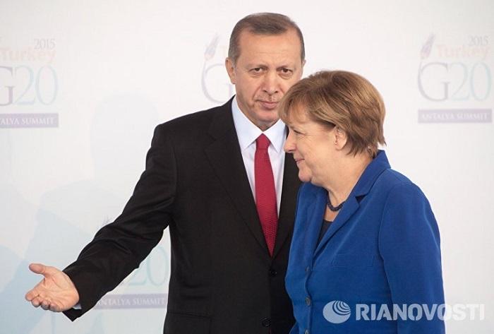 Nazir açıqladı: Ərdoğan Merkellə barışmaq istəyir