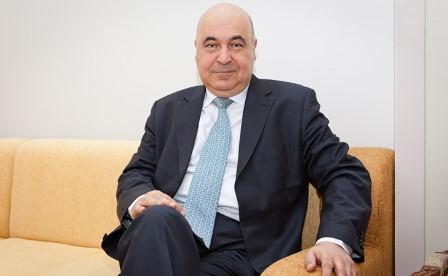 Çingiz Abdullayev:`Əclaflar hələ çoxdur` – Müsahibə