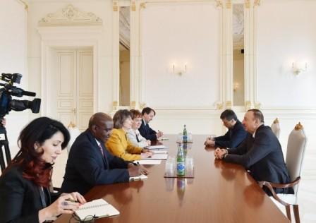 İlham Əliyev Dünya Bankının vitse-prezidenti ilə görüşdü