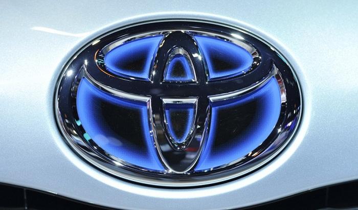 Toyota recalls 6.5 million cars over window defect