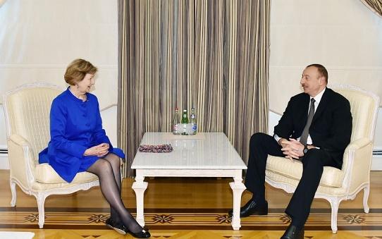 Ilham Aliyev s'est entretenu avec la représentante du Premier ministre britannique pour le commerce