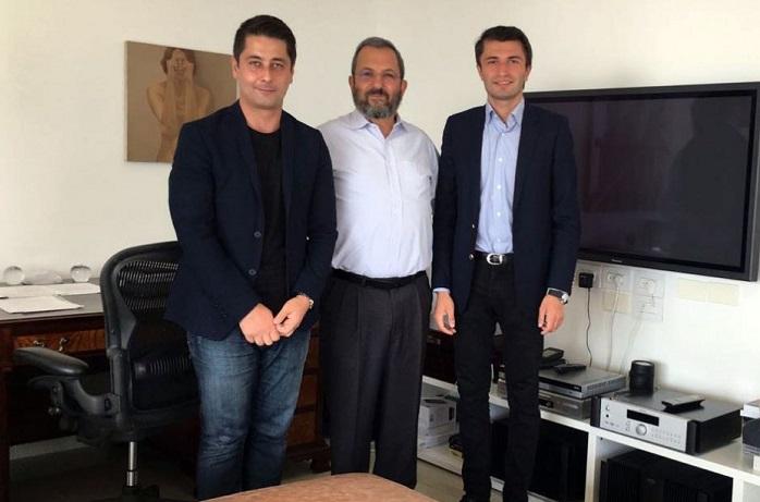 Former Israeli President and Prime Minister meets representatives of Nizami Ganjavi Int`l Centre
