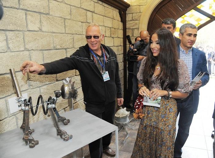 """In Baku V. Internationale Ausstellung """"Vom Abfall zur Kunst"""" eröffnet"""