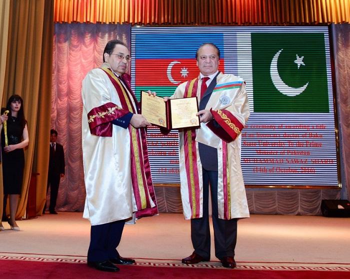 Premierminister von Pakistan Diplom des Ehrendoktors der Bakuer Staatlichen Universität verliehen