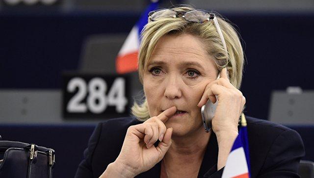 Marin Le Pen bütün rəqiblərinə məğlub olacaq - Seçki proqnozu (VİDEO)
