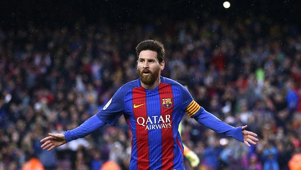 """Messi """"Barselona"""" ilə yeni müqavilə imzaladı"""