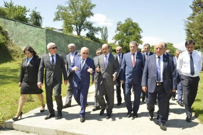 Prezidentin tapşırığı ilə yaradılan komissiya toplandı