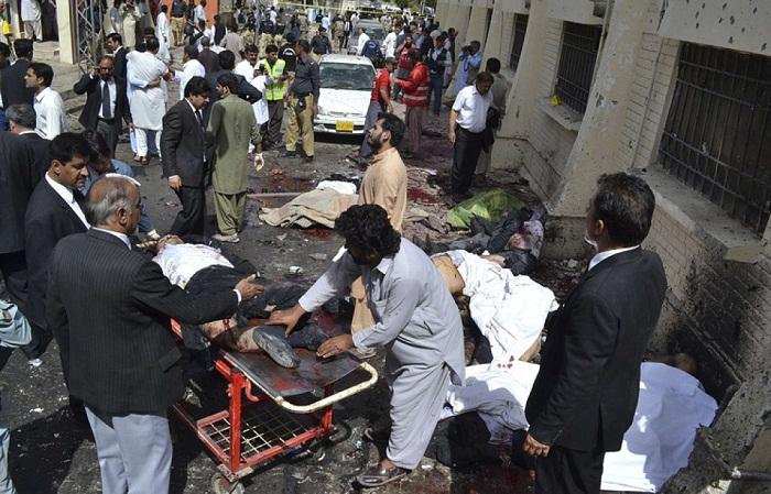14 yaşlı uşaq terror törətdi - 52 ölü, 100 yaralı