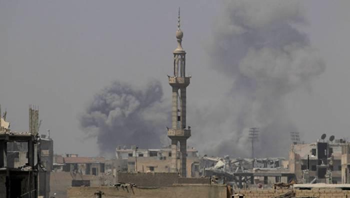 Rakka yenidən bombalandı - 78 ölü