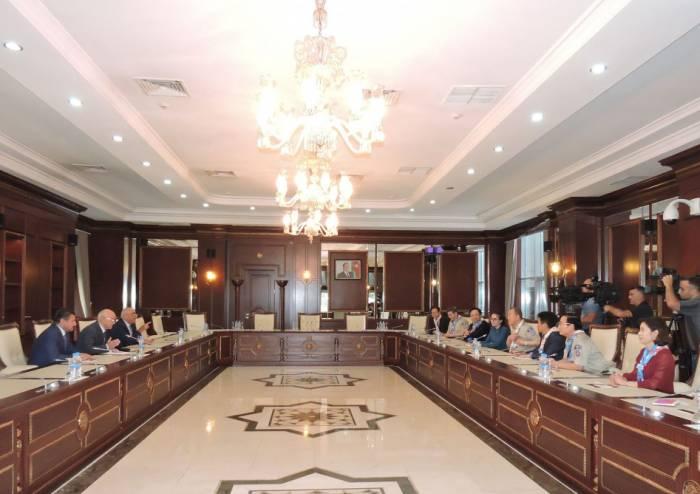 Ban Ki-moon besucht Milli Majlis