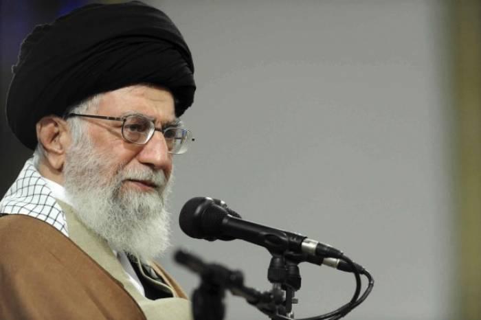 """""""Pays de merde"""": preuve que Washington se moque des droits de l'Homme, dit l'Iran"""