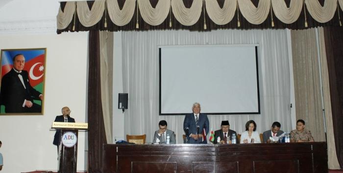 Baku hosts workshop on multiculturalism in Indonesia and Azerbaijan