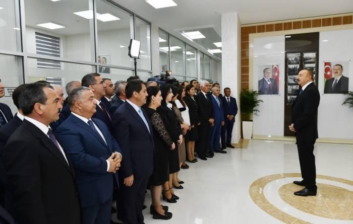 """""""Dünyada təhdidlər artır, münaqişələr alovlanır"""" - İlham Əliyev"""