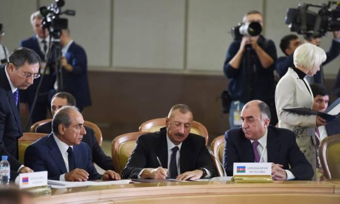 MDB-yə sədrlik Tacikistana keçdi, 18 sənəd imzalandı - FOTOLAR