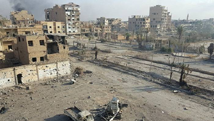 ABŞ helikopterləri Suriyada İŞİD komandirlərini xilas edib