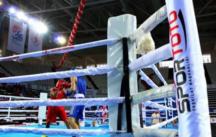 2 boksçumuz Avropa çempionatının yarımfinalında